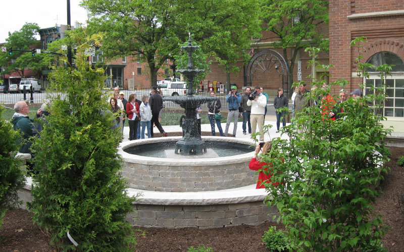 A water fountain with onlookers in Medina, OH